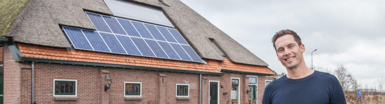Zonnepanelen op het dak.